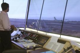 El 98% de los controladores aéreos vota a favor de ir a la huelga
