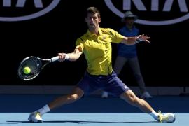 Djokovic, Federer y Serena Williams se estrenan con victoria en Melbourne