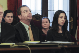 El fiscal sostiene que las tres acusadas por el crimen de Carrasco tuvieron el mismo nivel de responsabilidad
