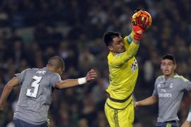 El Betis diluye el efecto Zidane del Madrid