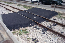 Inicio de las obras de adecuación de los pasos a nivel de las vías del tren de Sóller en Palma