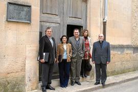 Govern y Ajuntament retoman la conversión de la escuela de Sant Felip en centro de día