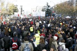 Miles de católicos reivindican en Madrid la defensa de la familia tradicional
