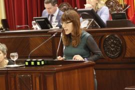 Los diputados del Parlament se suben el sueldo un 1% con la oposición de Podemos