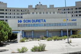 El Govern no descarta abrir parte de Son Dureta como hospital de crónicos