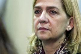 La Audiencia acuerda que la Infanta Cristina continúe en el banquillo