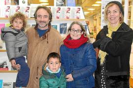 Jordi Folck presenta su libro 'Boig per tu' en la librería Embat