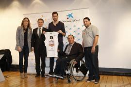 """La Obra Social """"la Caixa"""" y la Fundación Rudy Fernández presentan un equipo de baloncesto para discapacitados físicos"""