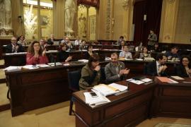 El Parlament aprueba la validación del Decreto ley de medidas urbanísticas
