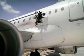 Una bomba a bordo, posible causa de un aterrizaje de emergencia en Somalia