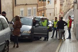 La Guardia Civil asalta con un ariete un punto de venta de drogas en Son Servera
