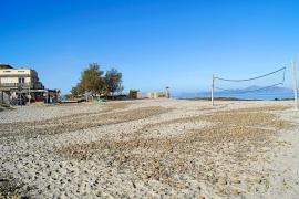 Medi Ambient 'tumba' el chiringuito de Son Serra y otras instalaciones en Can Picafort