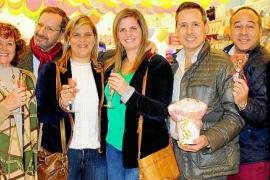 50 años de 007 Snacks e inauguración de nueva tienda