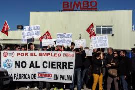 El Parlament pide a Bimbo que descarte el traslado de la planta