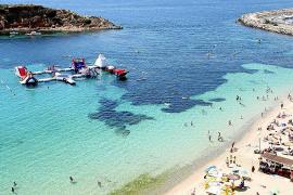 Calvià aprueba eliminar los parques acuáticos de las playas del municipio