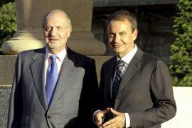 El Rey recibe hoy a Zapatero para el primer despacho del verano en Marivent