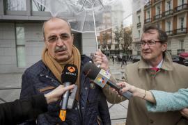 Los padres de los dos guardias civiles asesinados en Calvià protestan en Madrid