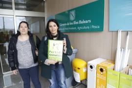 Mallorca Sense Sang entrega 150.000 firmas a Xelo Huertas contra la tauromaquia