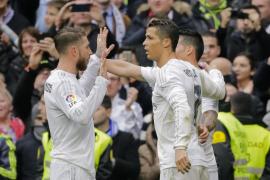 El Athletic pone en apuros al Madrid, que sale airoso gracias a James y a Cristiano