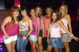 Pink cóctel & Party en IO Lounge