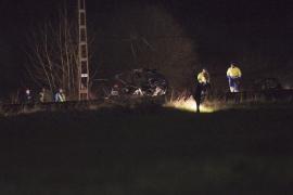 Dos fallecidos tras arrollar un  tren a un coche en Cantabria