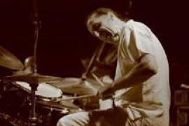 El jazz experimental del famoso baterista Jimmy Weinstein, en sa Taronja