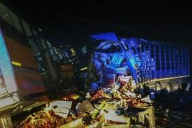 Ascienden a 71 los muertos en colisión entre un autobús y un camión en Ghana