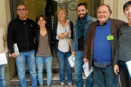El Parlament entreabre una puerta para juzgar la represión franquista