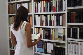 Letras catalanas en femenino en Agapea