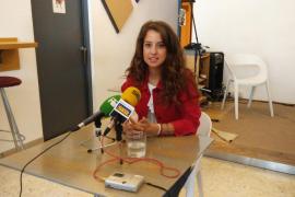 Denuncian que Gloria Santiago trabaja tres días al mes con un sueldo de 42.000 euros anuales