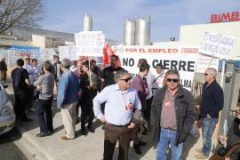 La fábrica de Bimbo queda paralizada durante el primer día de huelga