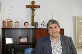 El alcalde traslada el crucifijo de la sala de plenos a su despacho en cumplimiento del pacto