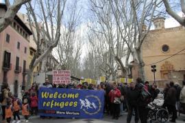 Centenares de personas reclaman en Palma un 'Pasaje seguro' para los refugiados