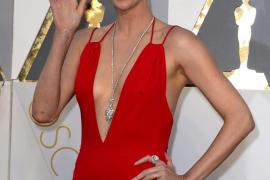 Charlize Theron, la más sexy y la mejor vestida