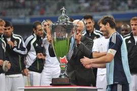 Casillas paró todo y sentenció el homenaje a Beckenbauer en los penaltis