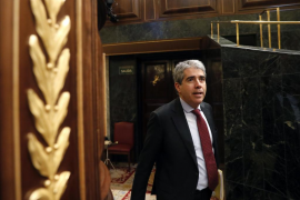Homs llama a Sánchez «mala copia de Rajoy»