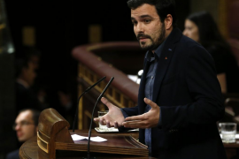 Garzón insta a Sánchez a buscar un acuerdo de izquierdas sin C's que sí sume