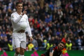 Cristiano, con cuatro tantos, lidera la goleada del Real Madrid