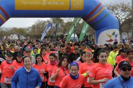 Más de 2.000 personas participan en la carrera por la igualdad 'Palmadona'