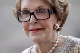 Nancy Reagan, eterna compañera de Ronald y figura de los 80, fallece a los 94 años