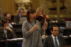 Armengol: «No es posible que haya algunos muertos que sigan en las cunetas»