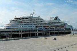 Récord de cruceros de lujo en Alcúdia para la temporada 2016