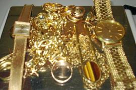 Las tiendas de oro se libran de pagar el impuesto de sus compraventas