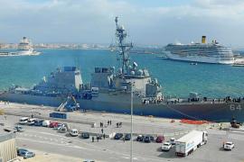 El destructor norteamericano 'USS Carney' visita Palma
