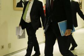 Hernando dice que el PP no participará en el «ménage à trois» que piden PSOE y C's