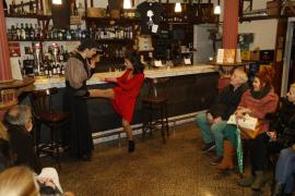 Cuatro dramaturgas homenajean a la mujer en un especial de Teatre de Barra