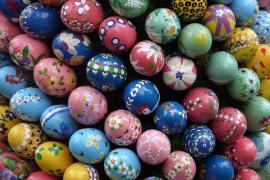 Taller infantil de huevos de pascua en Abacus