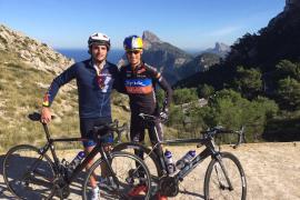 Carlos Sainz se ha entrenado en Mallorca con Mario Mola