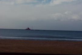 Realizan un simulacro por vertido en las aguas de la playa de Can Pastilla