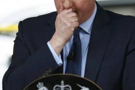 La madre de Cameron desafía a su hijo por los recortes en el sector público